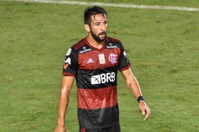 Mauricio Isla se recuperó del coronavirus y jugó por Flamengo en Copa Libertadores