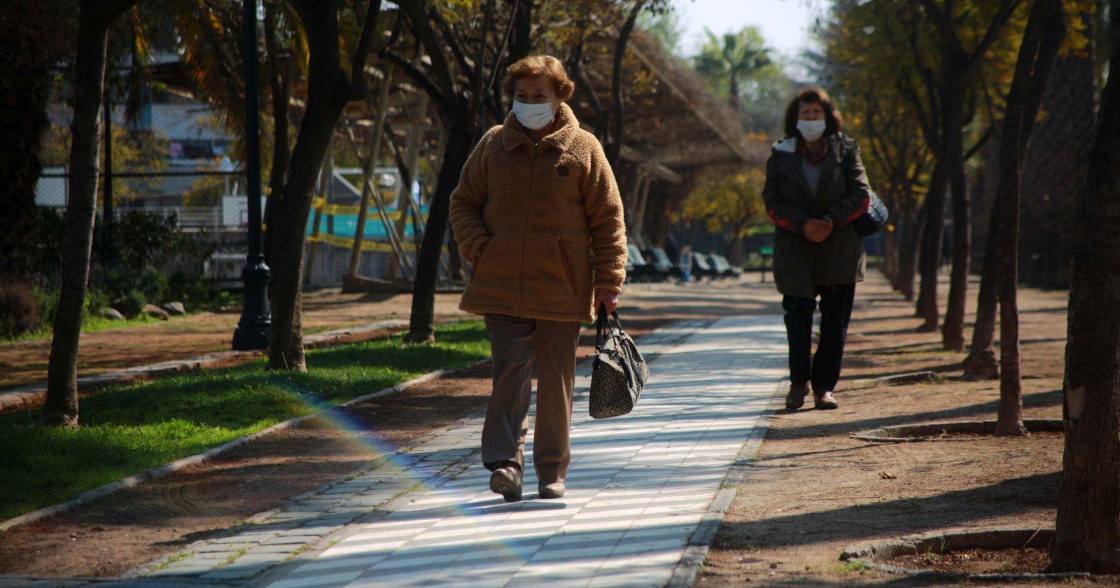 La preparación de los adultos mayores para votar en el plebiscito en plena pandemia