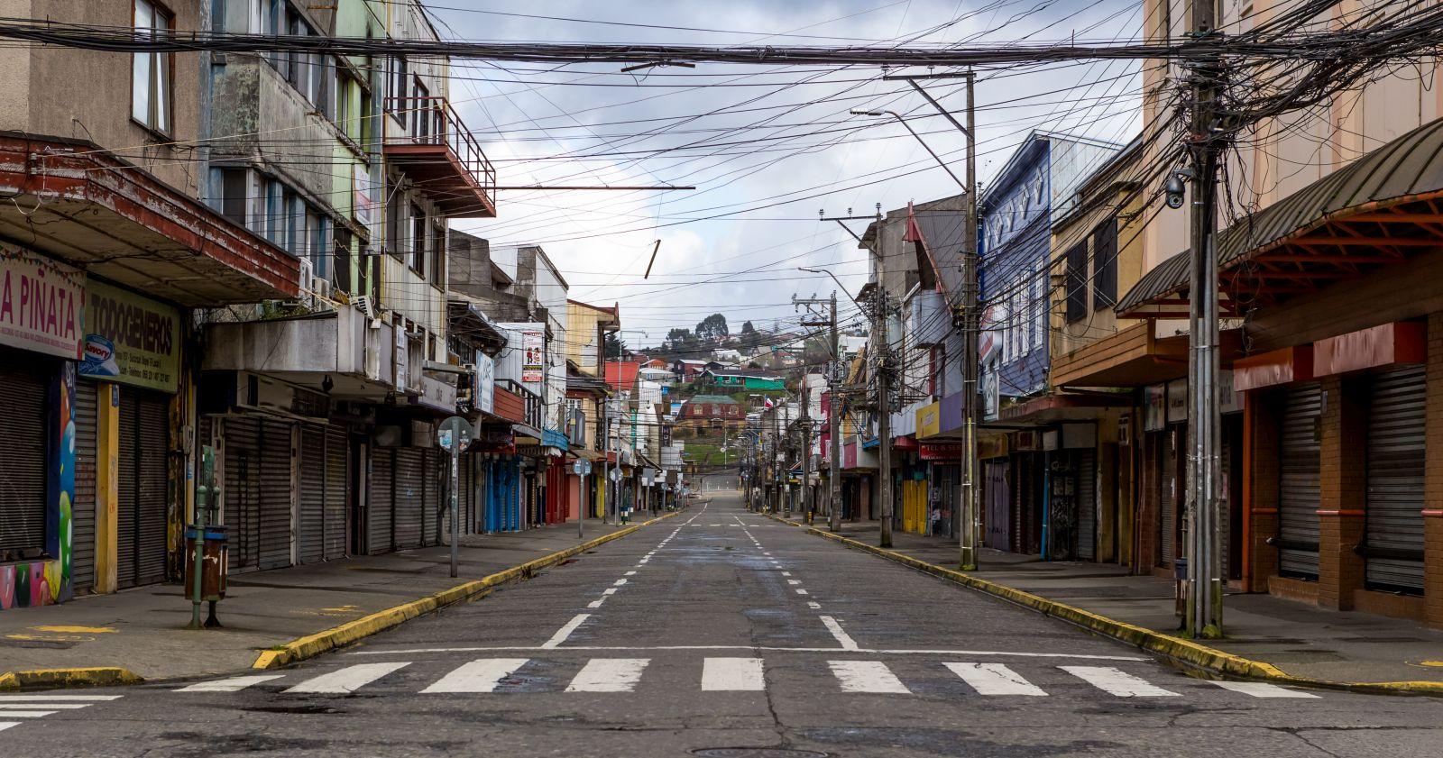 """""""Puerto Montt superó a Punta Arenas como la ciudad con más casos activos de COVID-19"""""""