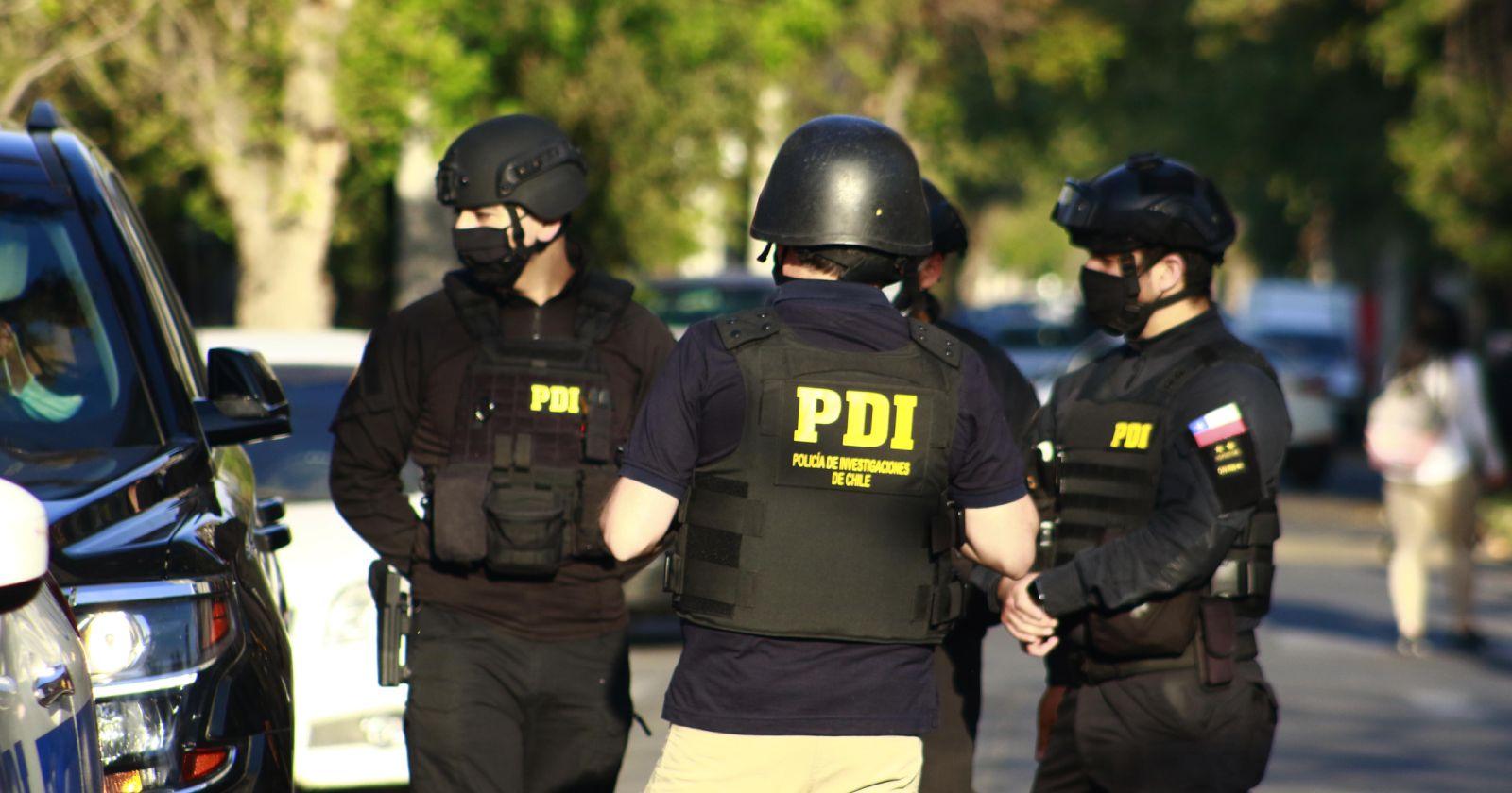 PDI investiga balacera que dejó dos heridos y un muerto en La Florida