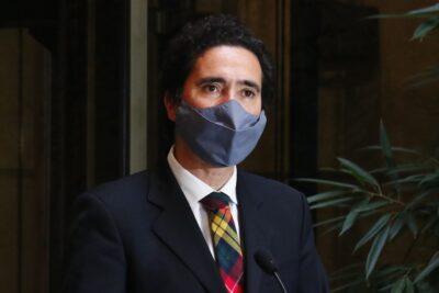 """El llamado a la calma del ministro Briones por crisis económica: """"En 2 o 3 años podemos recuperar lo perdido"""""""