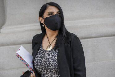 """La revelación de Karla Rubilar tras aniversario del 18-O: """"Algunos de nuestro sector plantearon el Estado de Sitio"""""""