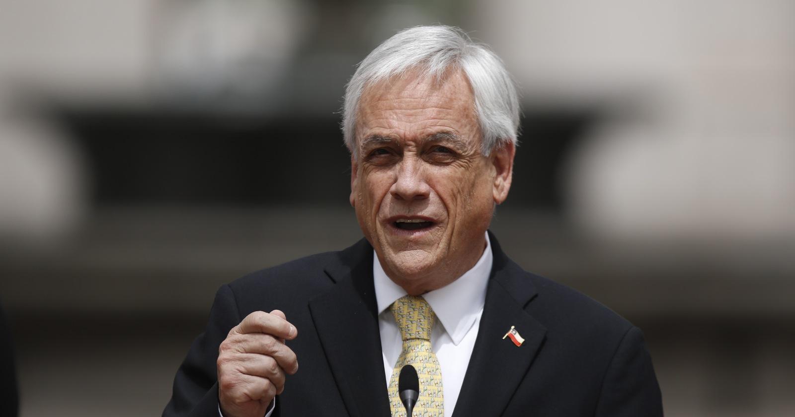 Presentan querella contra Piñera por joven muerto en La Victoria