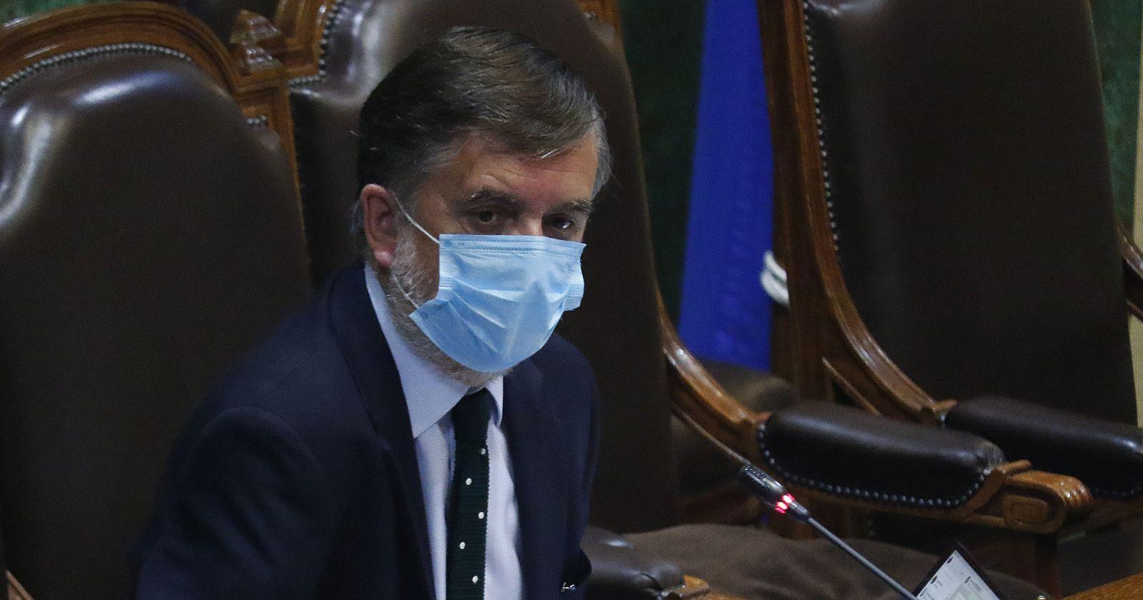 Diputado Undurraga impide votación de Camila Vallejo y genera polémica en la Cámara