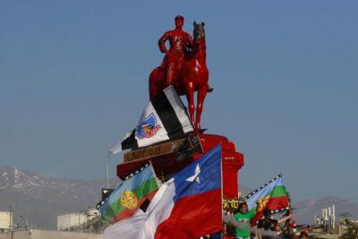 Bancada UDI respalda tesis de Bellolio y pide mantener monumento del general Baquedano en su sitio