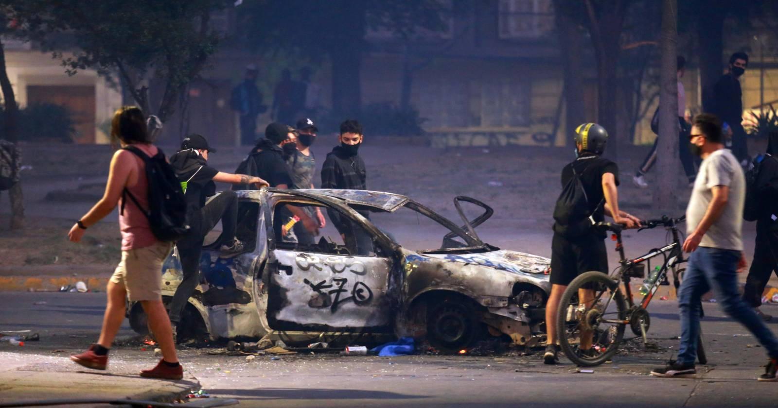 """Allamand ante la OEA: """"Chile tiene confianza en su capacidad para aislar a los violentistas"""