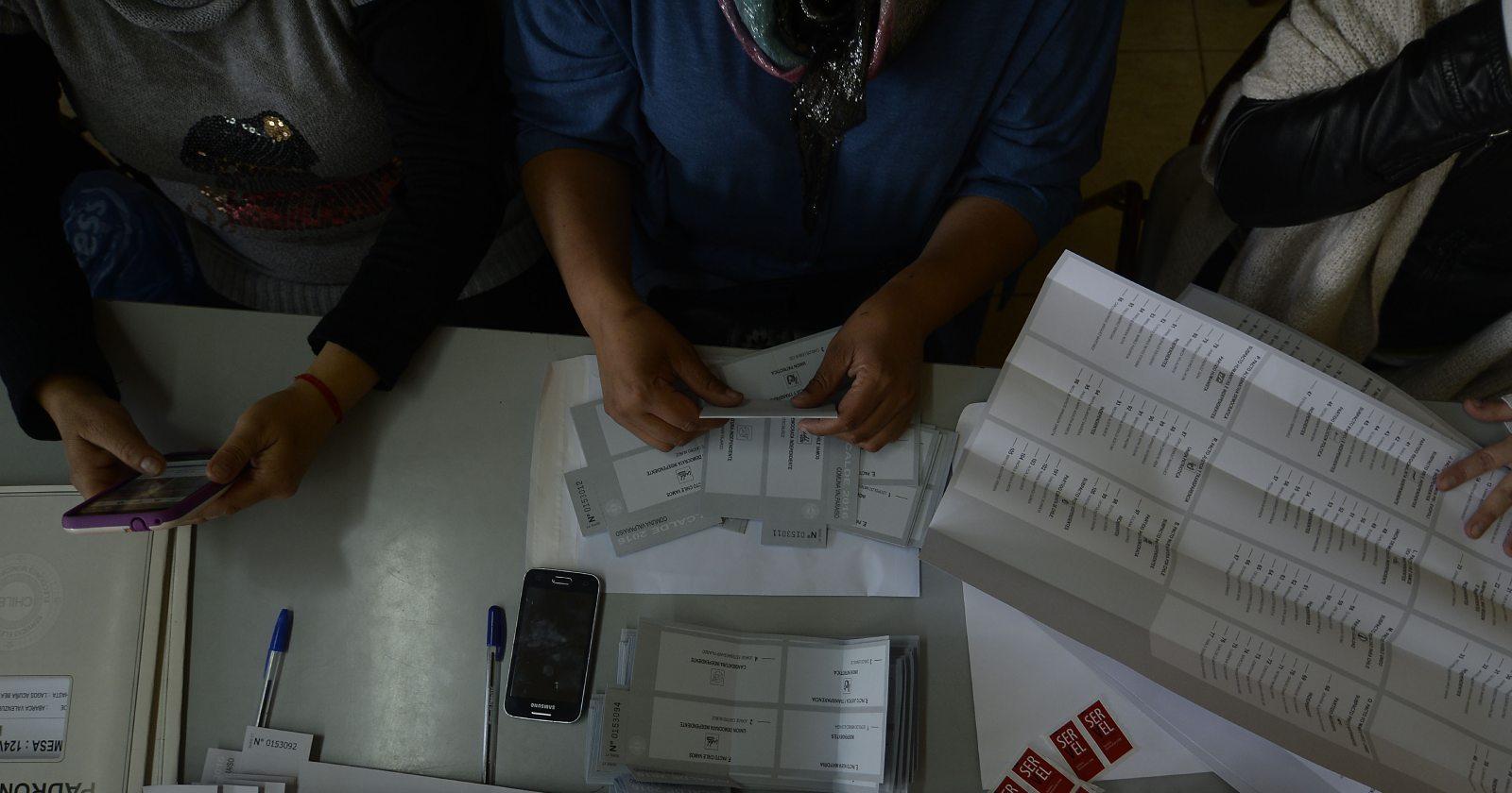 La lista de candidatos confirmados por Chile Vamos y oposición para las elecciones de alcaldes y gobernadores regionales