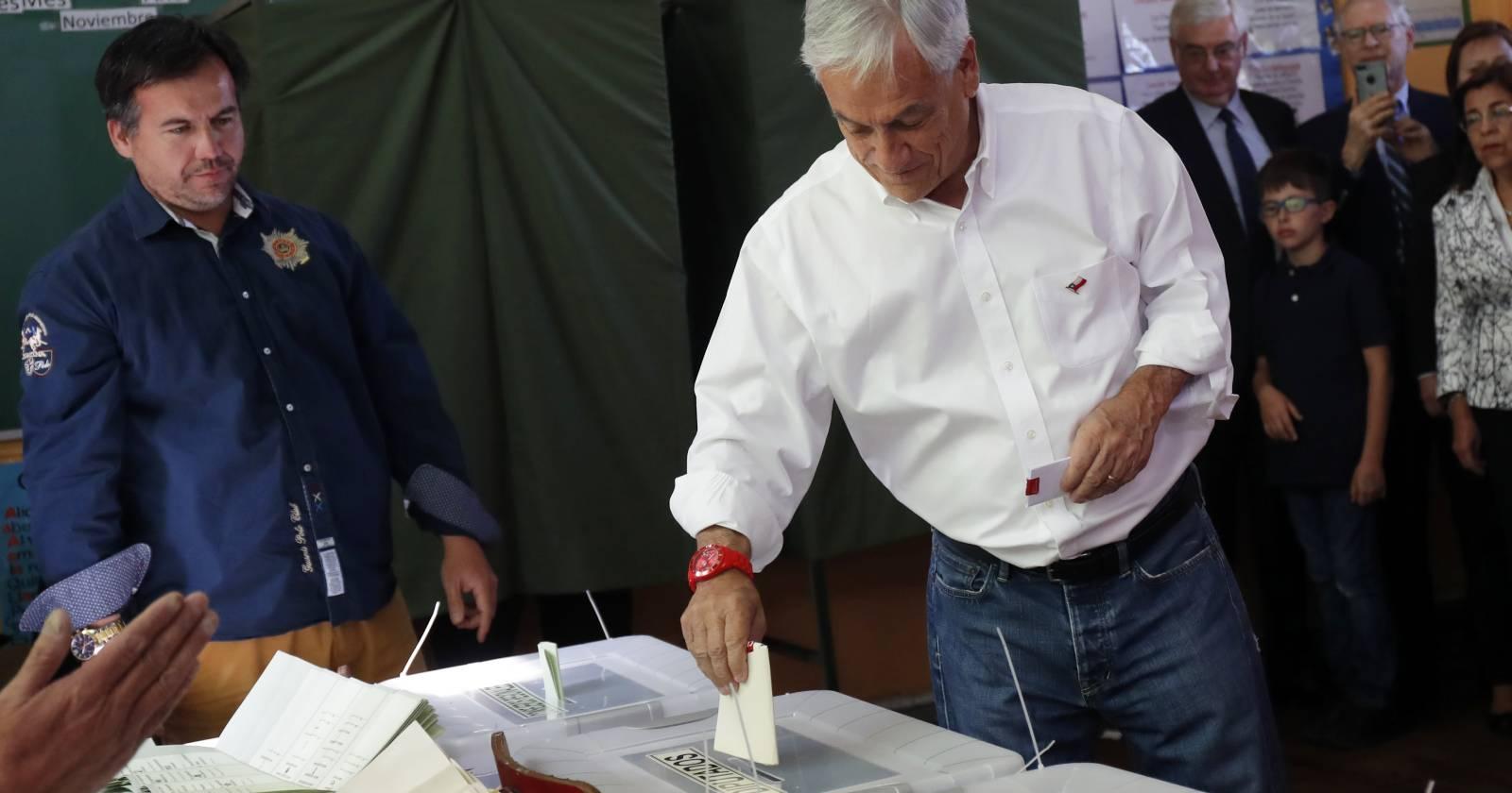 Gobierno desmiente que cambio de domicilio electoral de Piñera sea por miedo a protestas