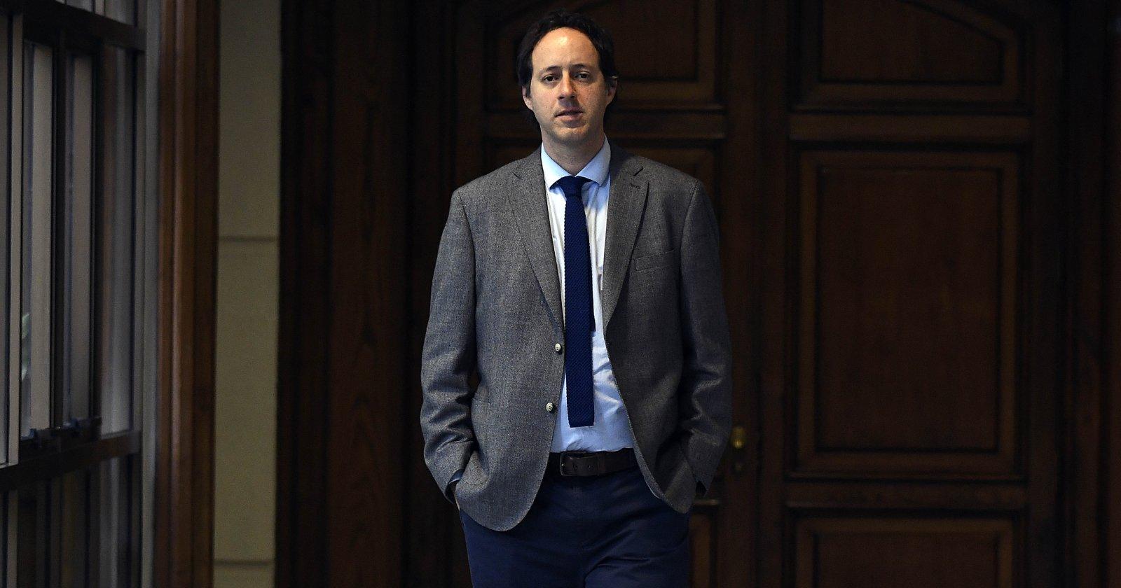 Diputado Cristóbal Urruticoechea renuncia a Renovación Nacional