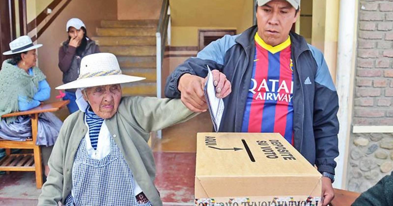 Elecciones en Bolivia registraron histórica participación del 87%