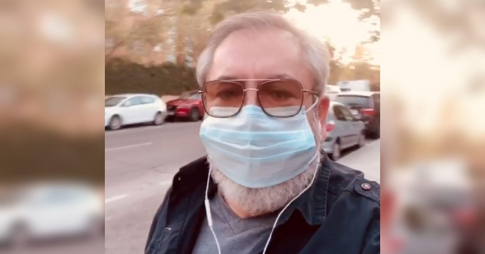 """VIDEO – """"Imagina haber nacido en 1900"""": el actor español que se hizo viral con su profunda reflexión sobre la pandemia"""