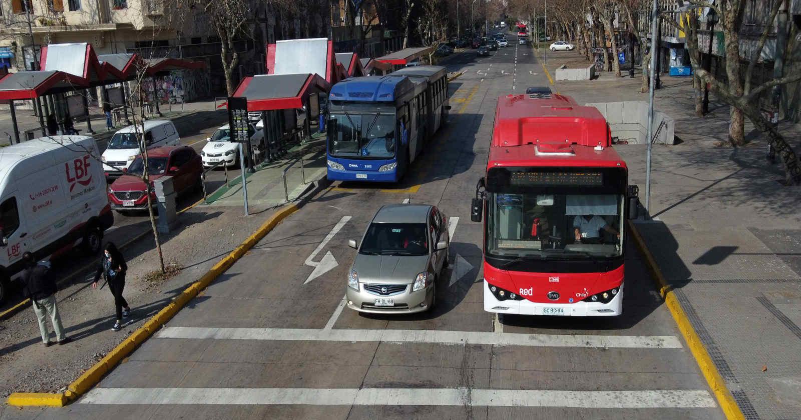 """""""MTT: buses modifican su horario por manifestaciones del aniversario del estallido social"""""""