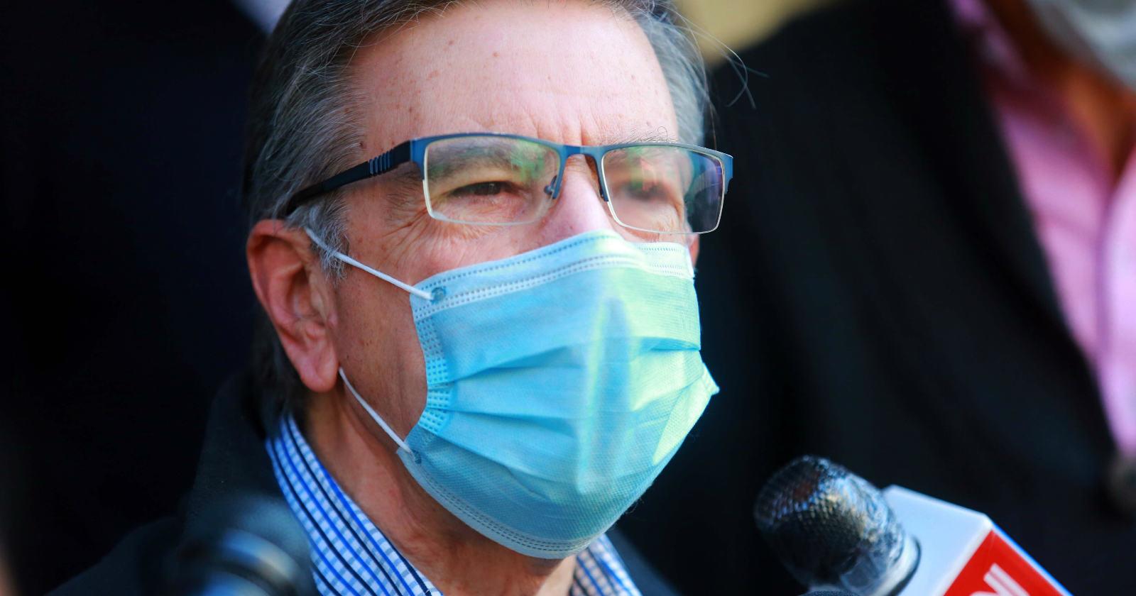 El problema de salud que casi impide a Joaquín Lavín poder votar en el plebiscito