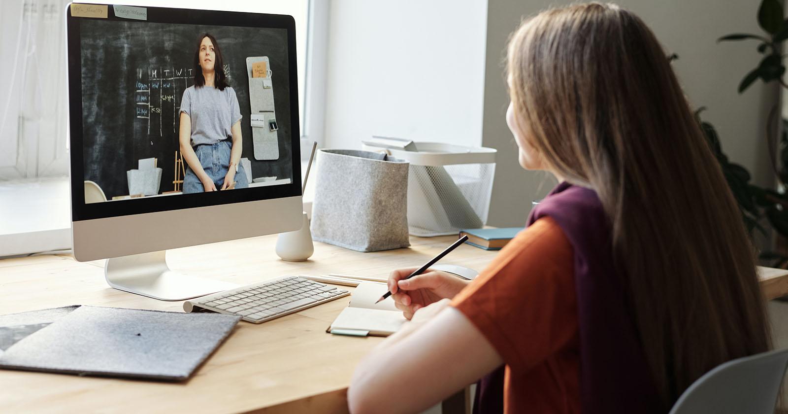 Prueba de Transición 2021: Preuniversitarios online y otras opciones que tienen los estudiantes para prepararse