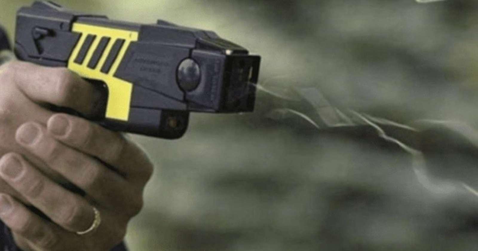 """""""Polémica en Argentina por el uso de pistolas taser tras el asesinato de un policíaen la vía pública"""""""