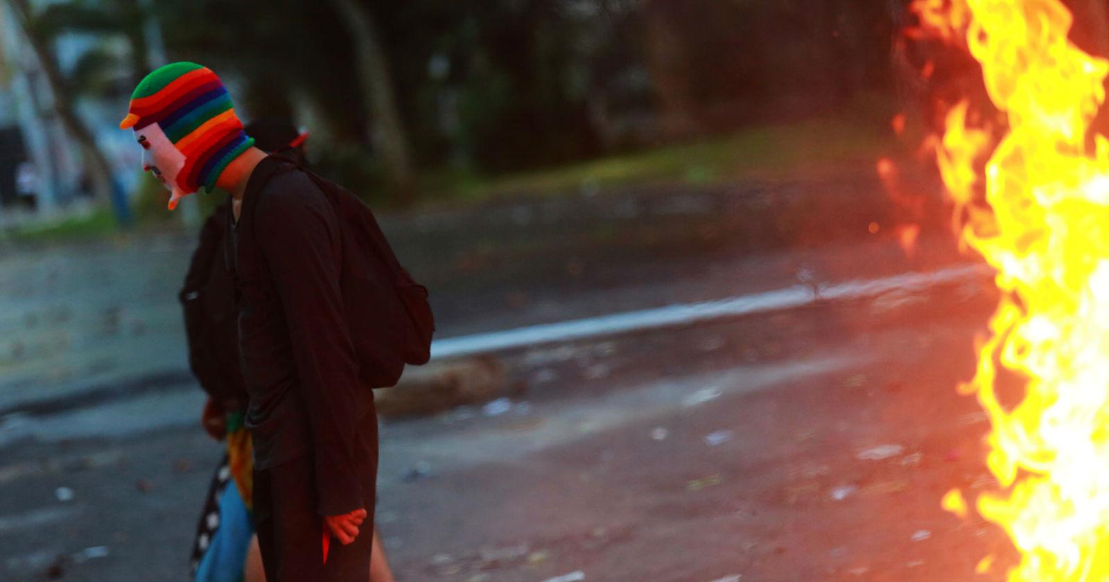 Las protestas en Venezuela y Chile iguales, pero diferentes