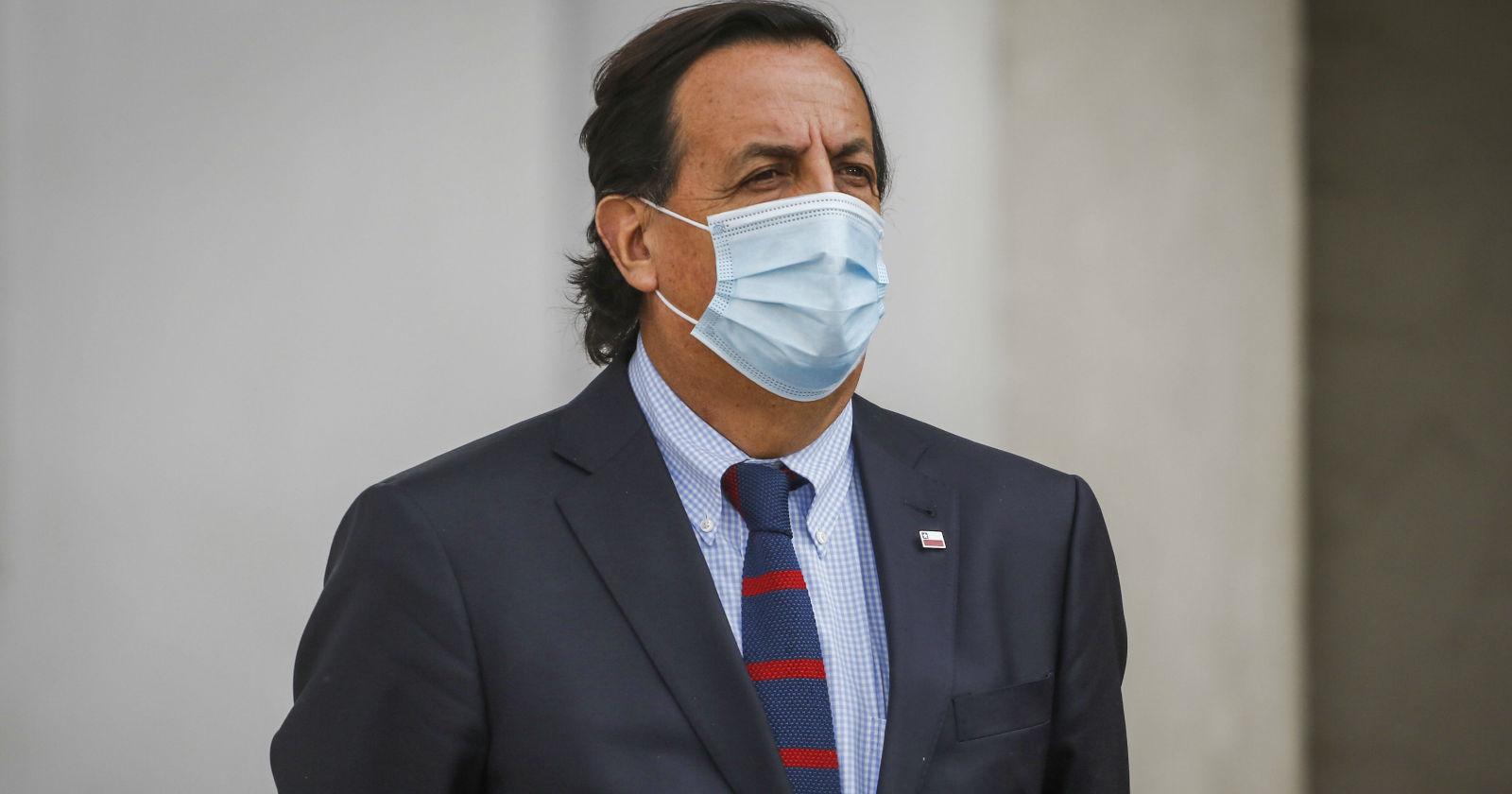 Víctor Pérez defendió a carabinero infiltrado en Lo Hermida tras denuncias de vecinos