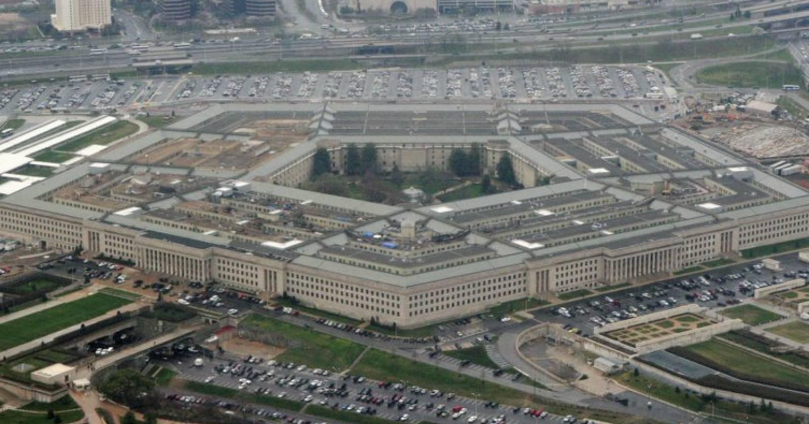 """""""Preocupación en el Pentágono: Donald Trump reemplaza a altos funcionarios de Defensa"""""""
