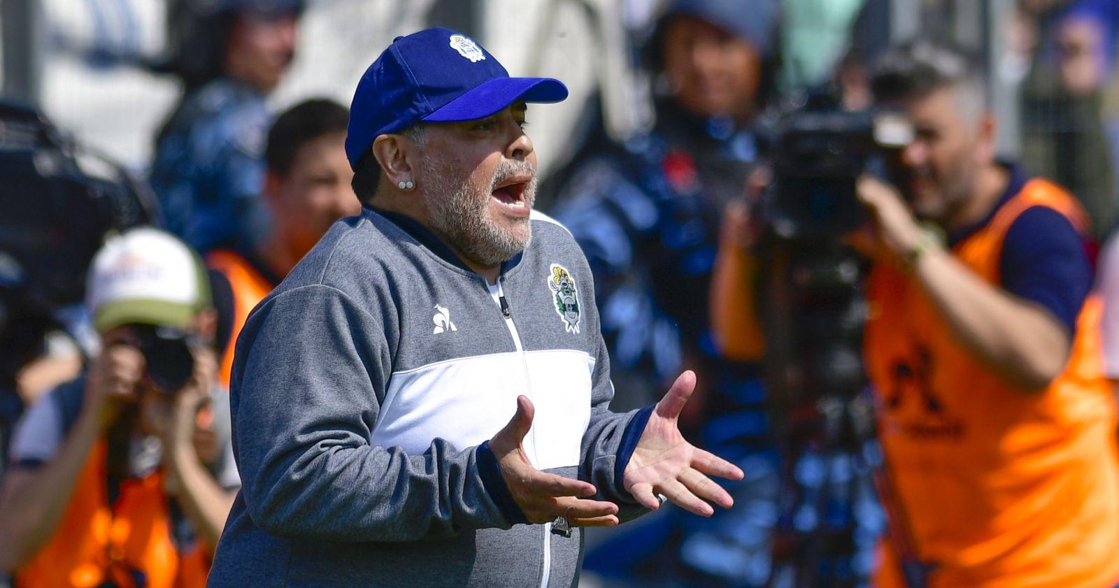 Diego Armando Maradona seguirá hospitalizado por un cuadro de abstinencia
