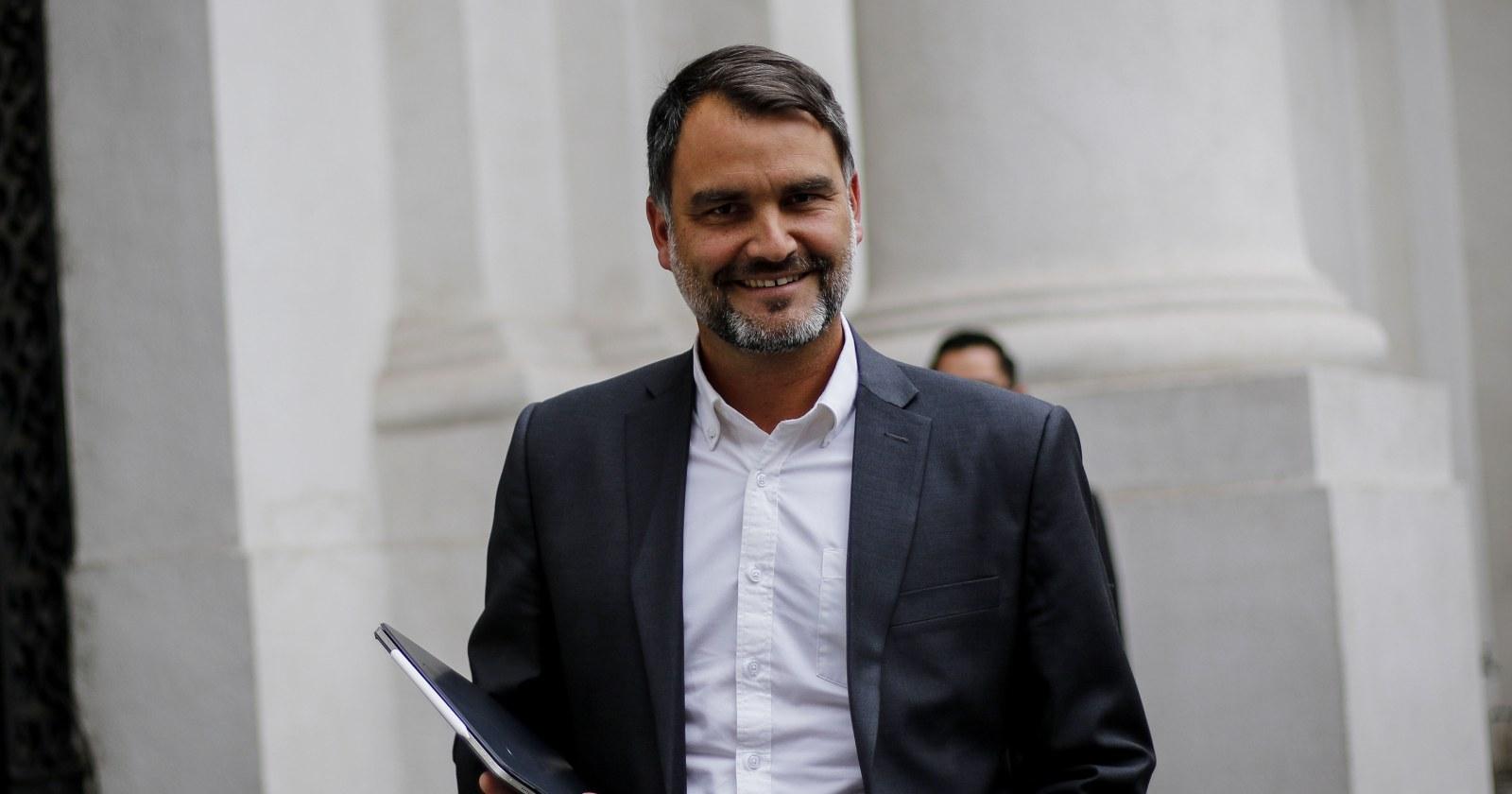 Javier Macaya competirá con Víctor Pérez por la presidencia de la UDI