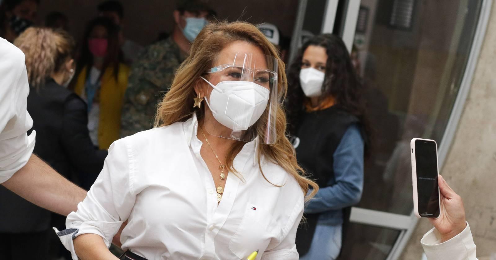 """Cathy Barriga deja en duda reelección: """"Amo mi trabajo, pero odio la política"""""""