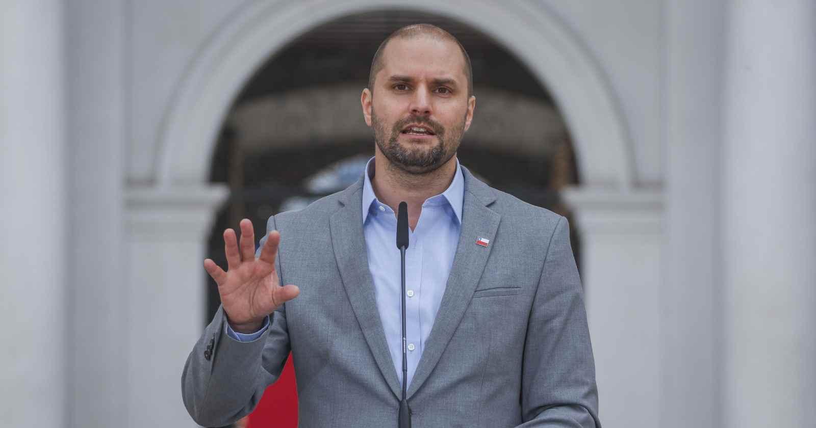 """Bellolio y propuesta de ME-O de disolver el Congreso: """"Habla de un pobre compromiso democrático"""""""