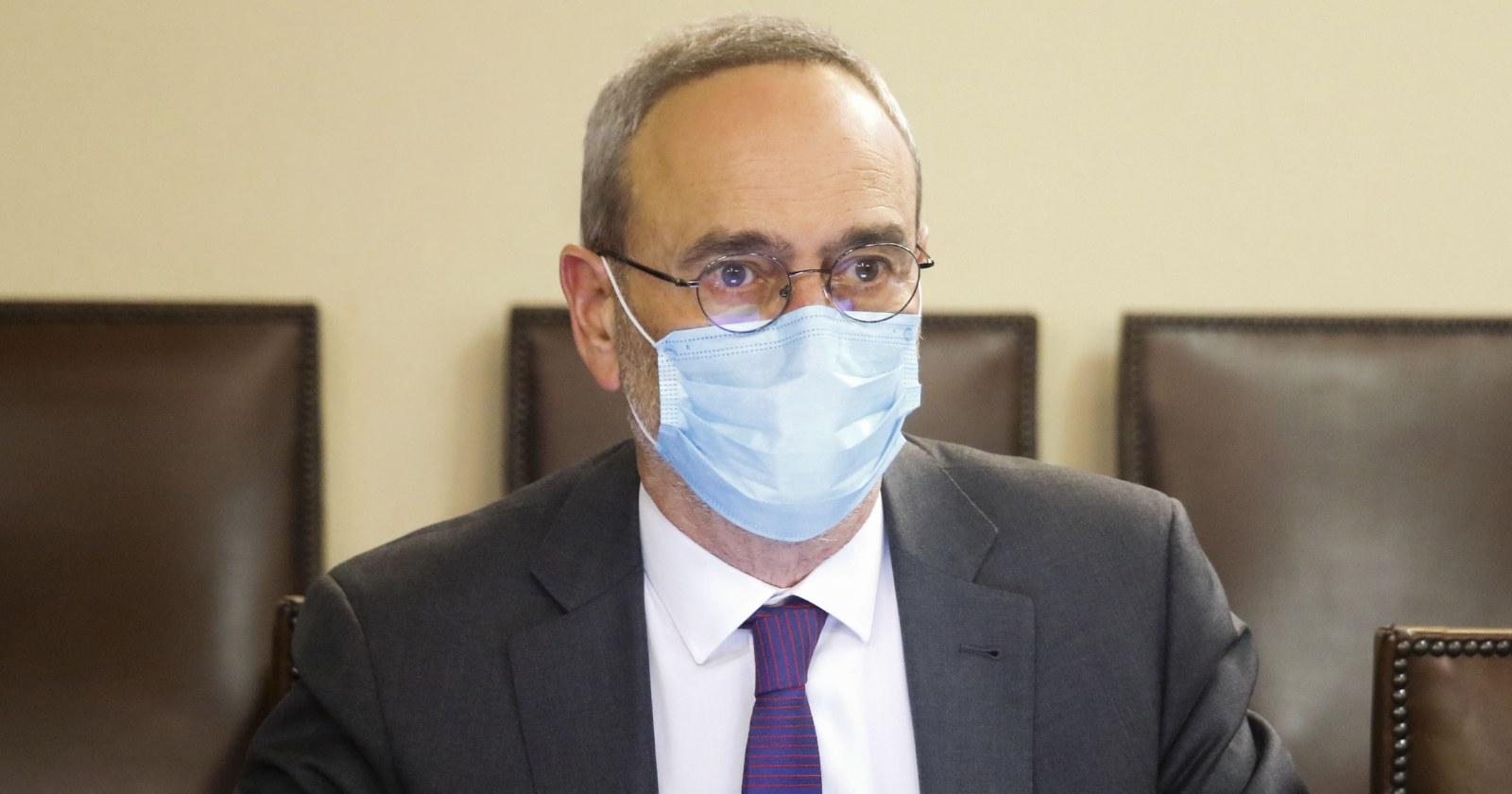 """Diputado Saffirio pide refundar Carabineros: """"Es una policía clasista y racista"""