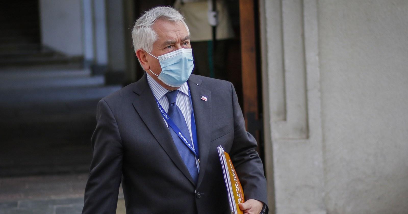 Ministro Paris culpa a Entel por demora en entrega de correos al Ministerio Público