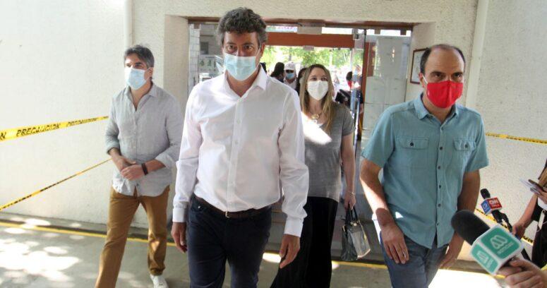 Ministros acompañaron a candidatos de las primarias de Chile Vamos en Vitacura