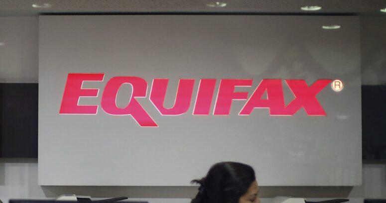 FNE inició indagatoria contra Equifax por concentración de información comercial