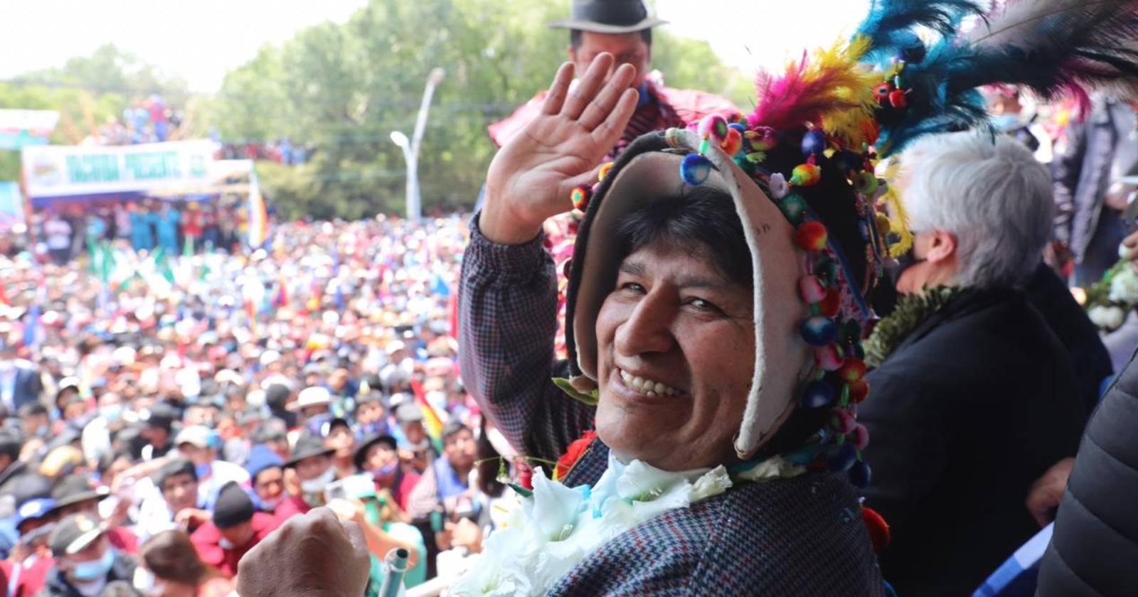 """""""Evo Morales regresó a Bolivia: """"La lucha sigue mientras exista el capitalismo"""""""""""