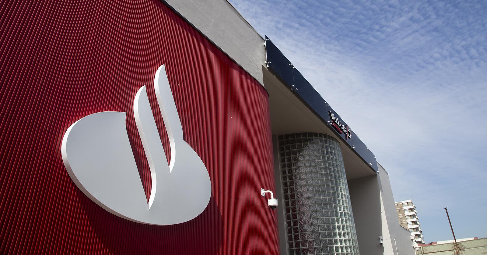Santander Chile consolida su liderazgo como el banco más sostenible del país al ingresar al DJSI Emerging Markets