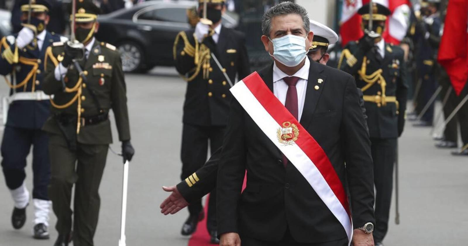Ex presidente de Perú es denunciado por homicidio calificado