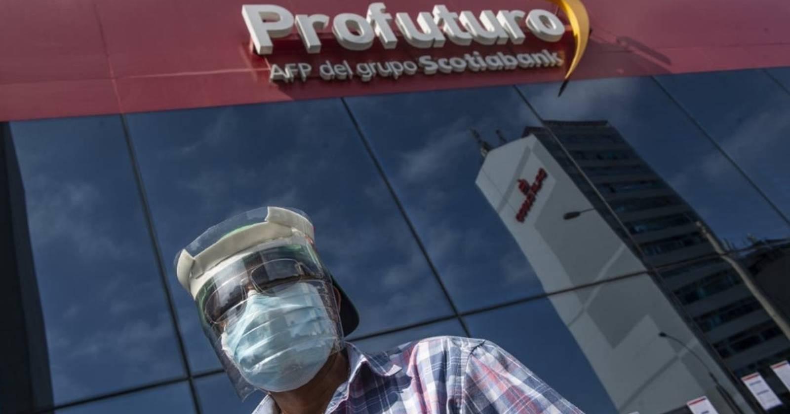 Ex presidente de Perú firmó ley para retiro de fondos de la AFPantes de dejar el cargo