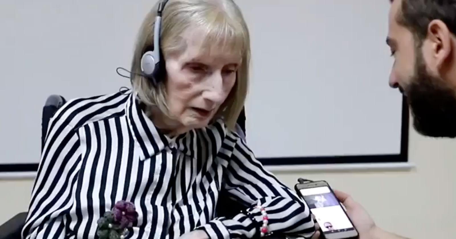 VIDEO – El momento en que una bailarina con Alzheimer recuerda la coreografía de El Lago de los Cisnes