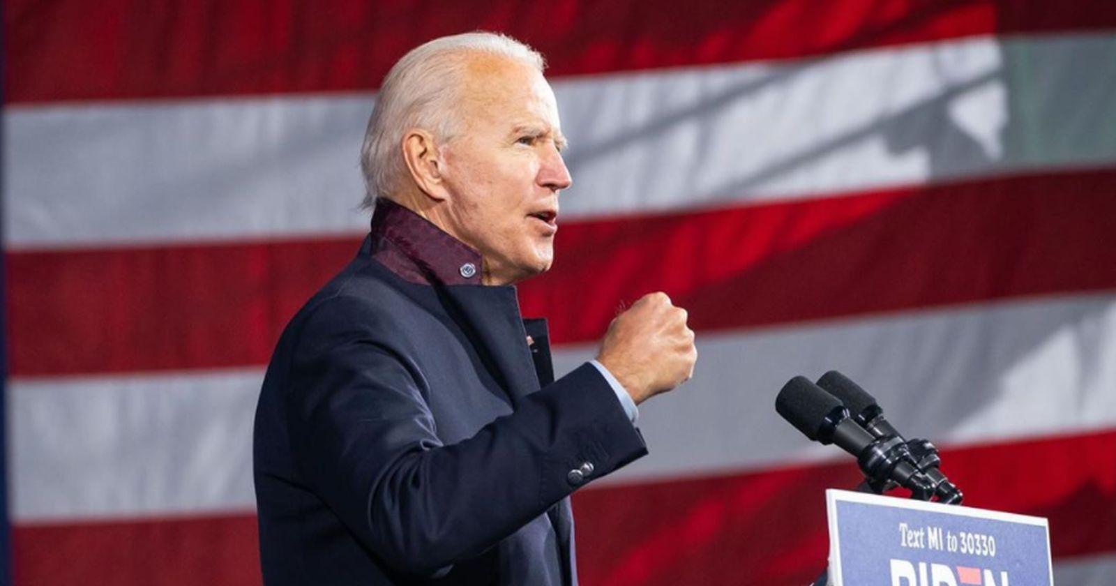 """""""Joe Biden visita la tumba de su hijo en la previa de las elecciones"""""""