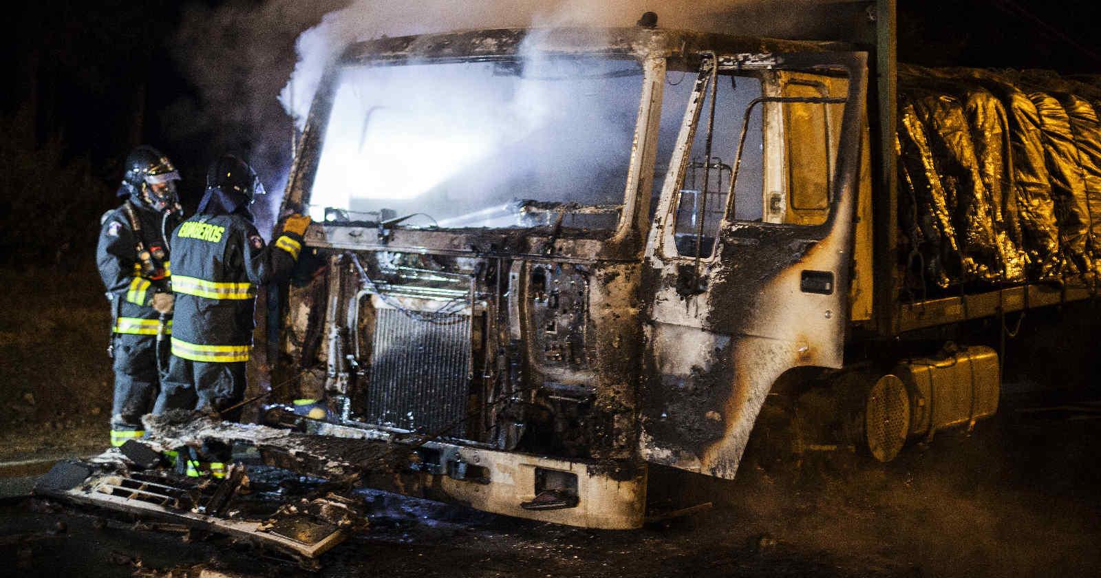 """Camioneros: nuevos atentados incendiarios en Collipulli crean """"situación límite"""""""
