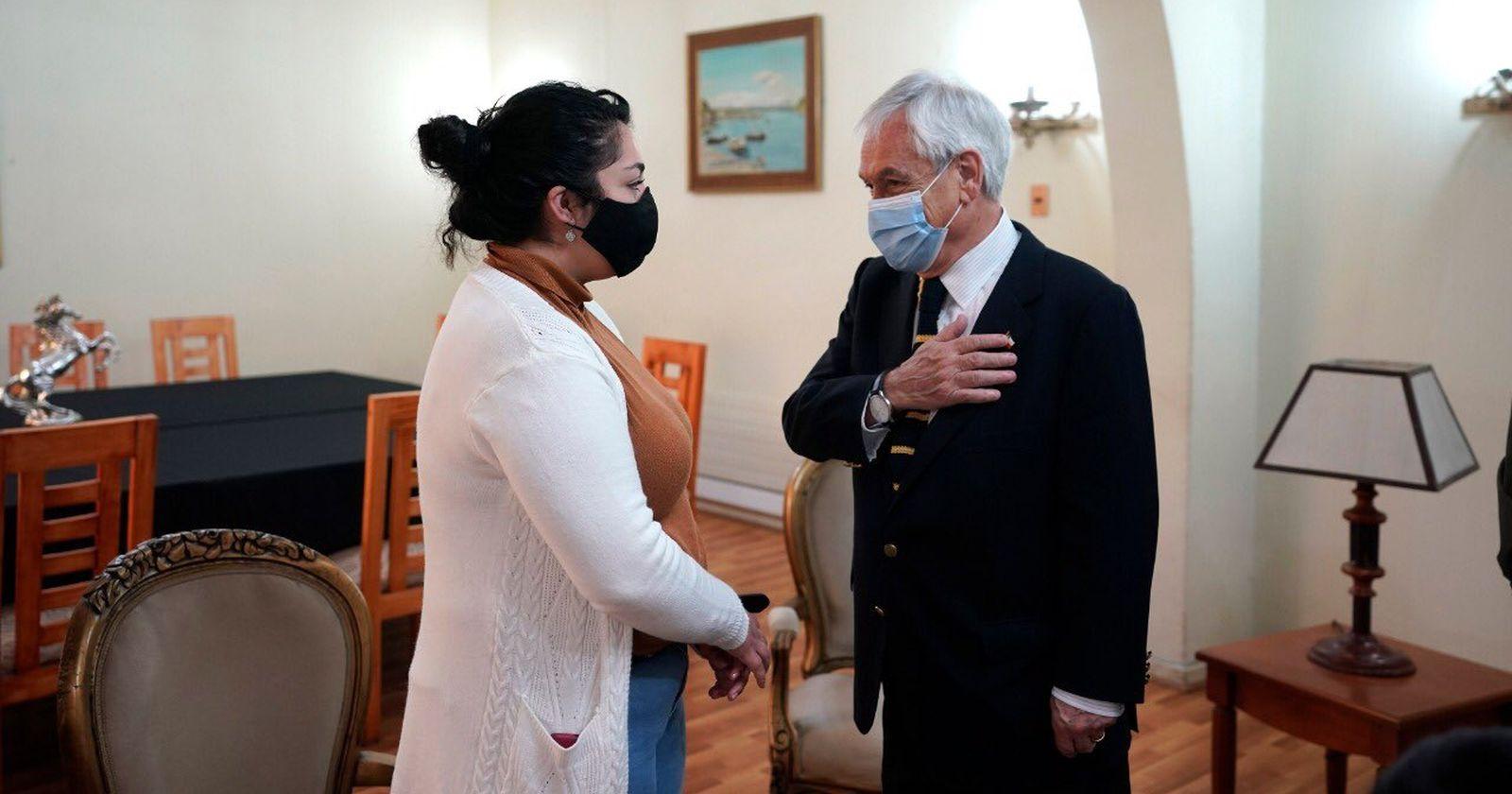 """""""Presidente Piñera llegó a La Araucanía y visitó a la familia de Eugenio Nain"""""""