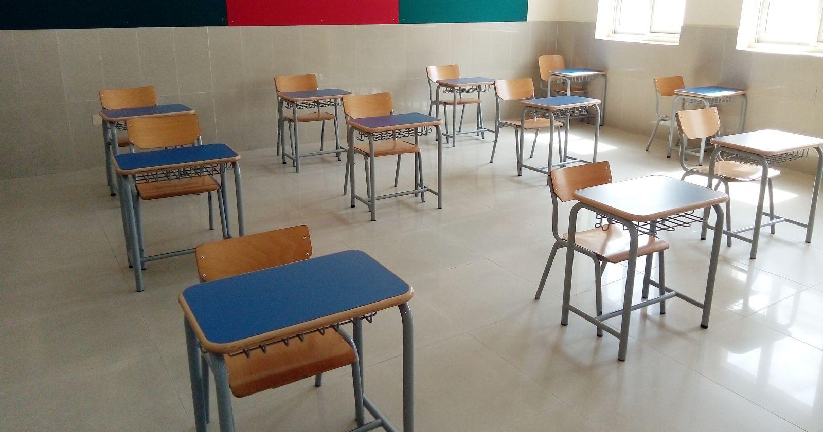 """OMS pidió mantener las escuelas abiertas y señaló que los confinamientos son """"evitables"""""""