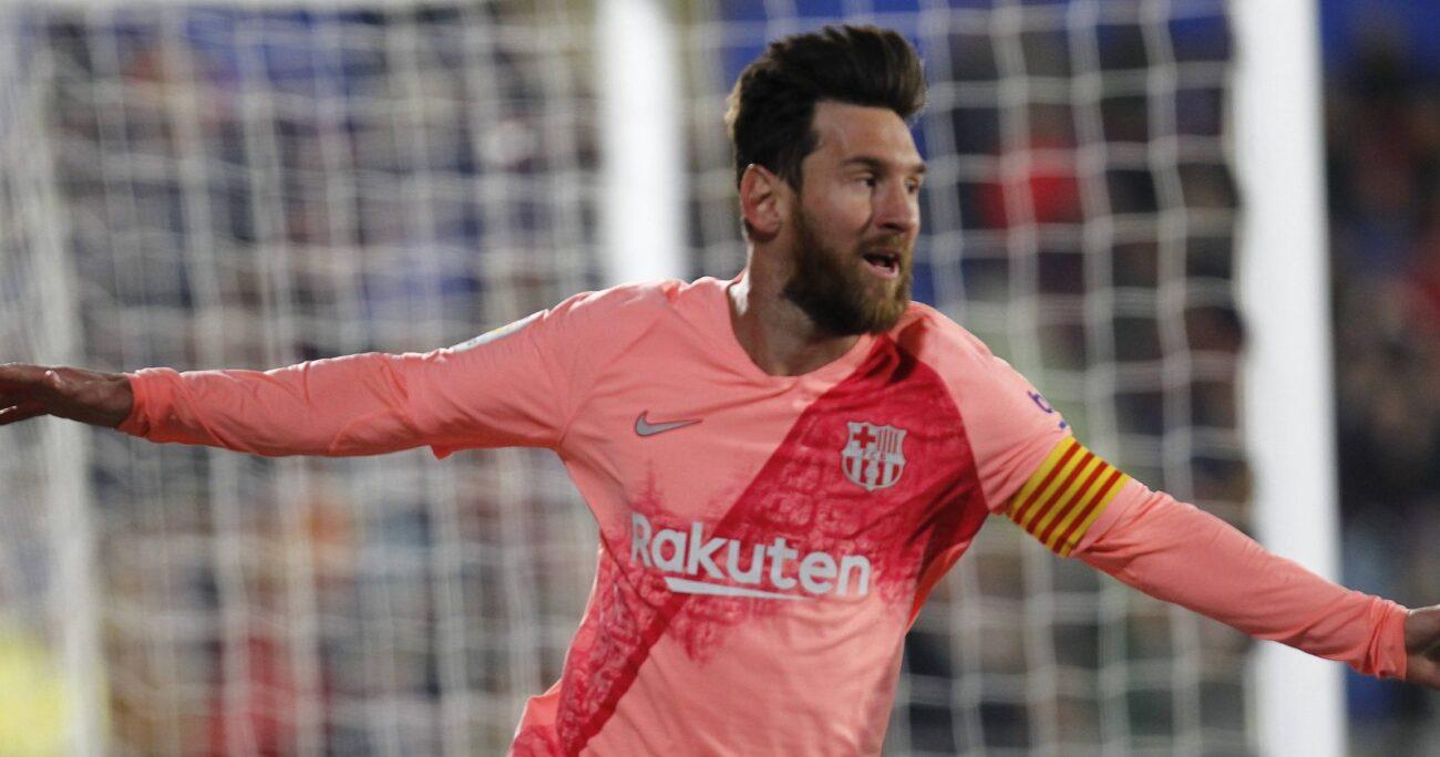 Messi en partido oficial por el Barcelona. Fuente: Agencia Uno.
