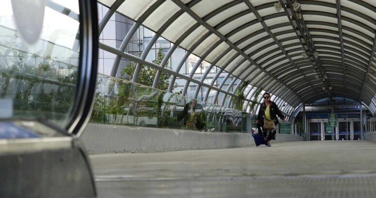 El 60% de los capitalinos evalúa mal el cumplimiento de la cuarentena