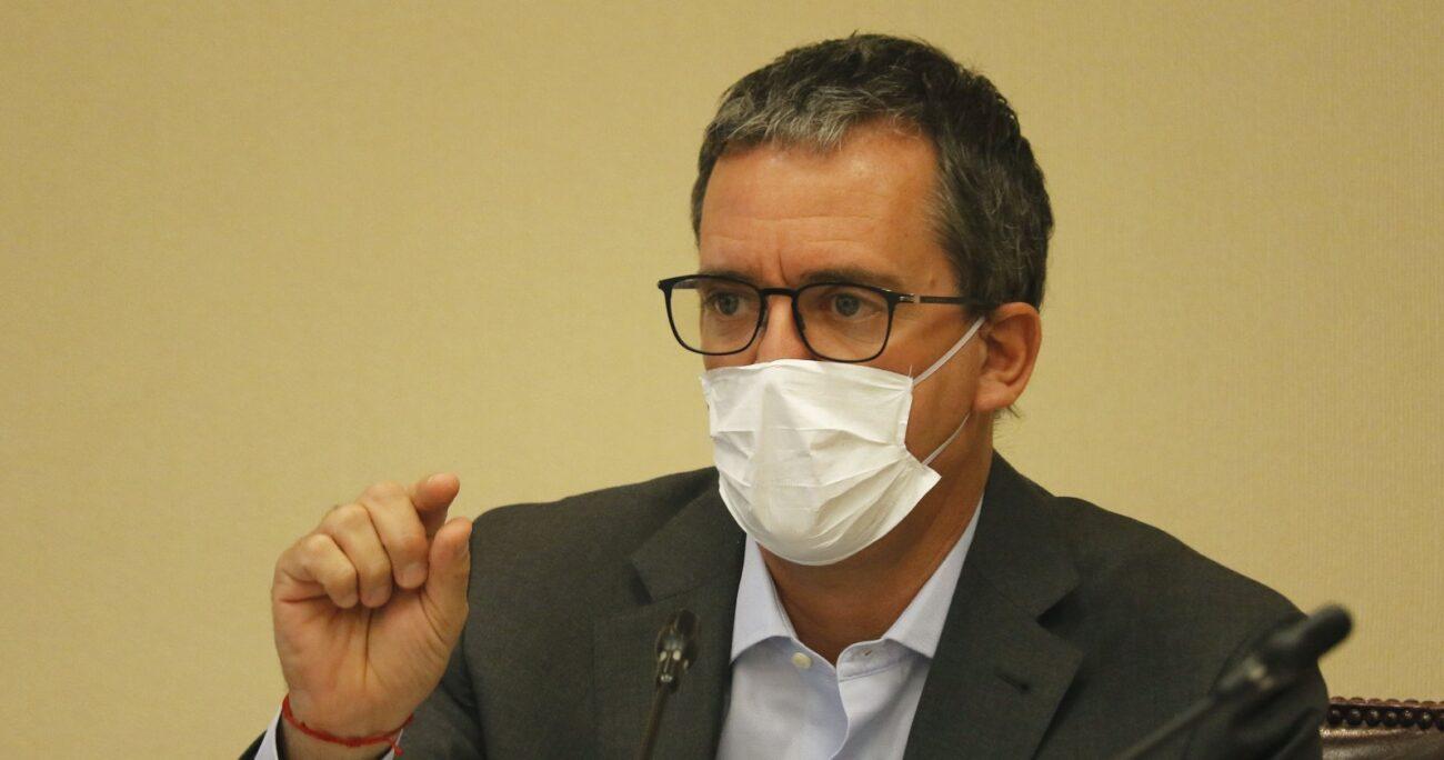 Felipe Harboe en la Cámara Alta. Fuente: Agencia Uno.