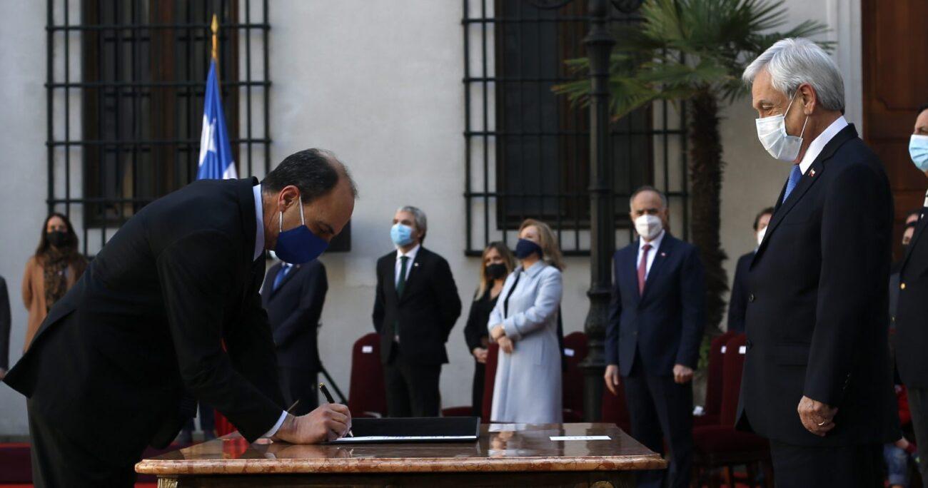 Cristián Monckeberg asumiendo como ministro de la Segpres. Foto: Agencia Uno