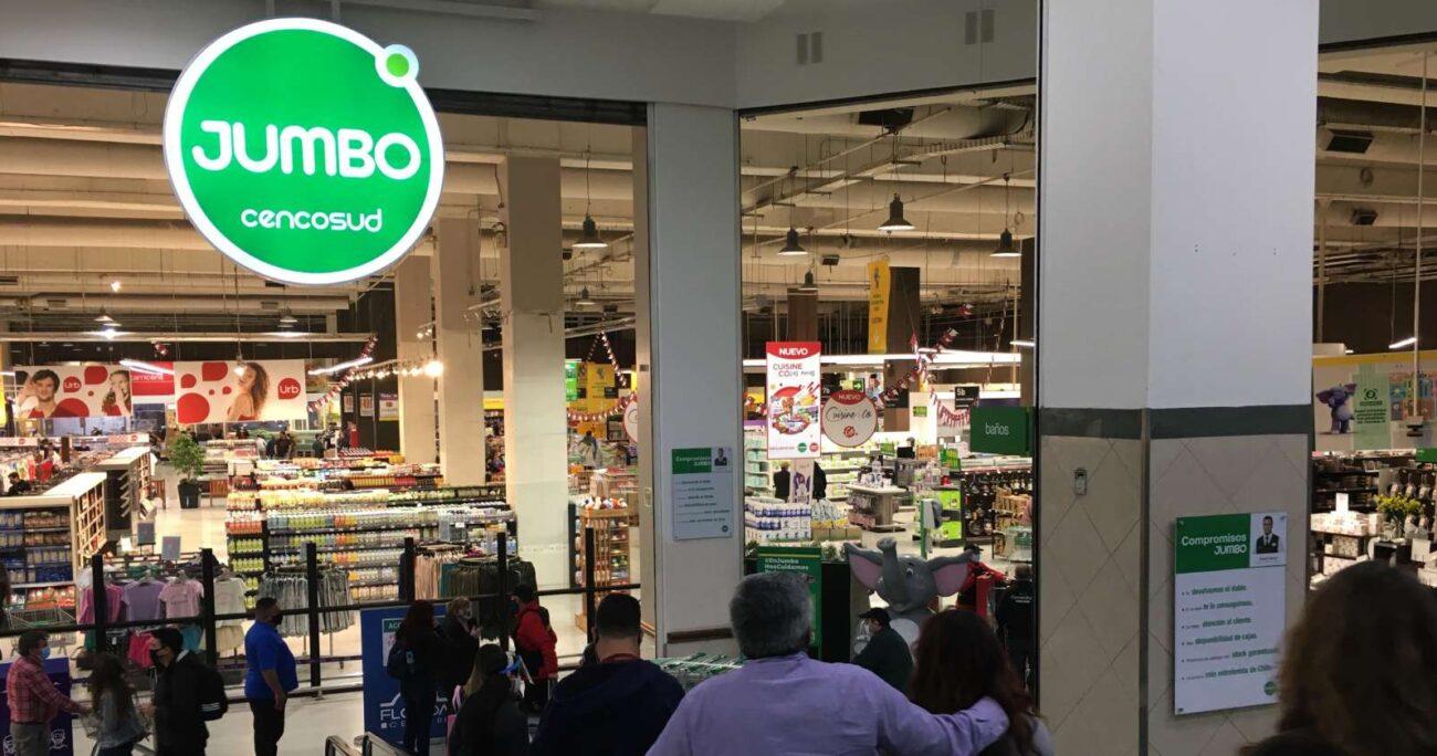 Cencosud no estuvo disponible para compensar a los consumidores, indicó Sernac. Foto: Agencia UNO