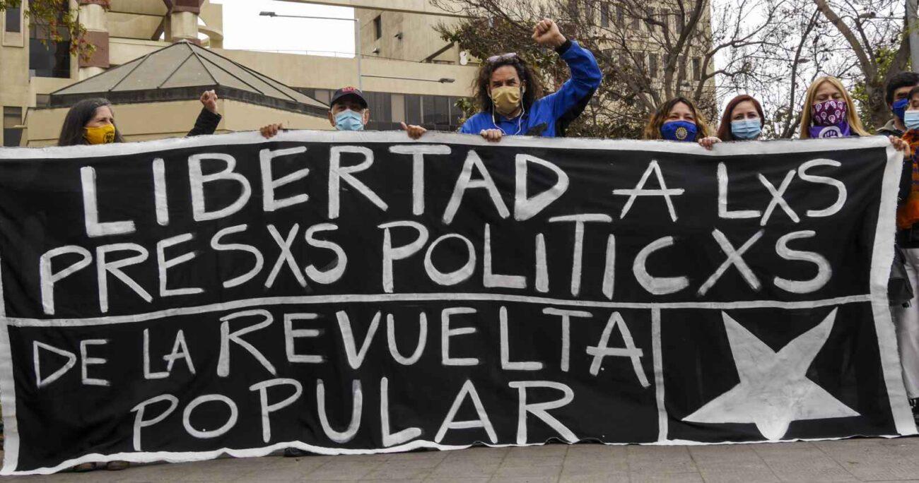 Protesta para solicitar liberación de detenidos del estallido social - Foto: Agencia Uno