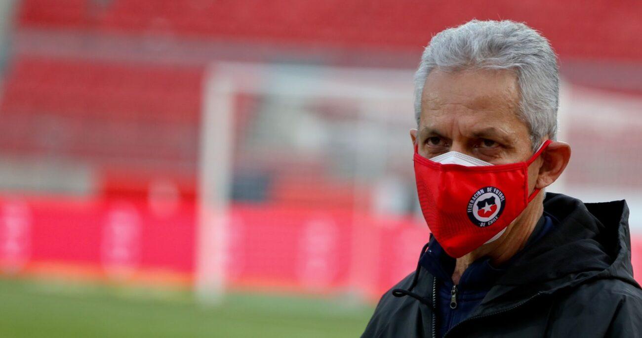 Rueda como entrenador de Chile. Foto: Agencia Uno