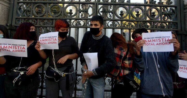 ACES mantiene liderazgo de Víctor Chanfreau y reactiva amenazas contra la Prueba de Transición