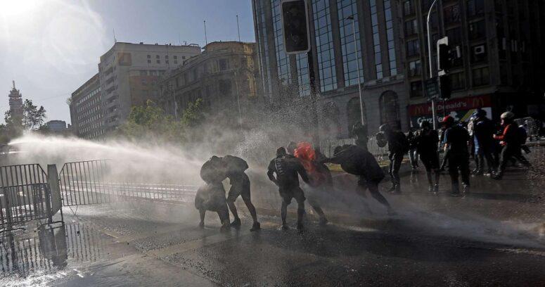"""""""Director de HRW explica por qué no hay presos políticos en Chile y el error de aprobar un indulto"""""""