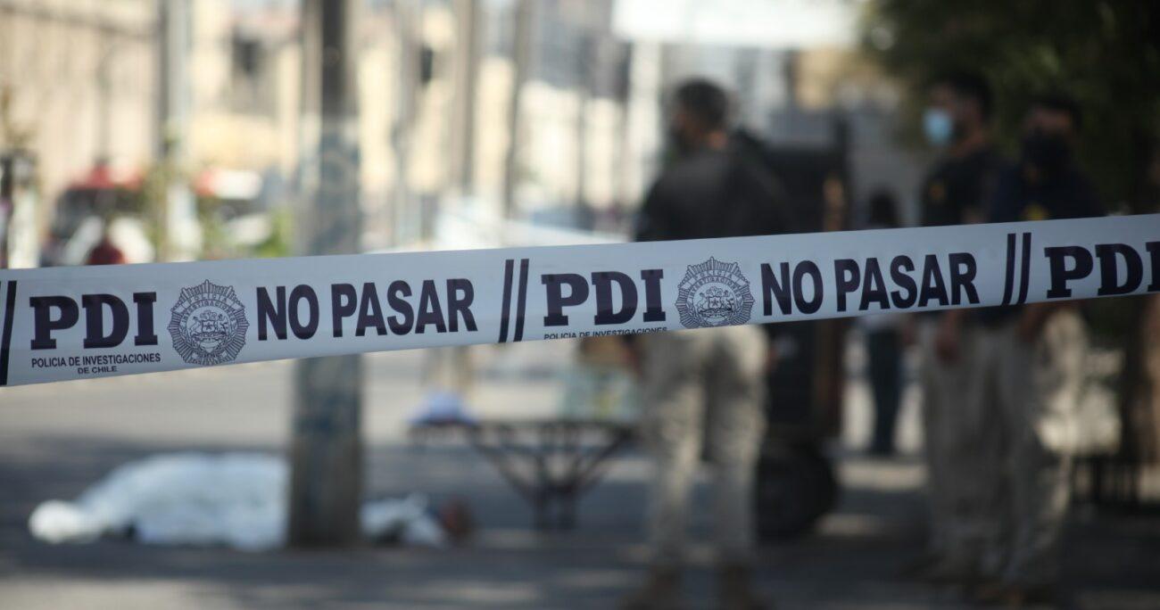 Testigos del hecho entregaron detalles sobre el violento hecho. Foto: Agencia Uno.