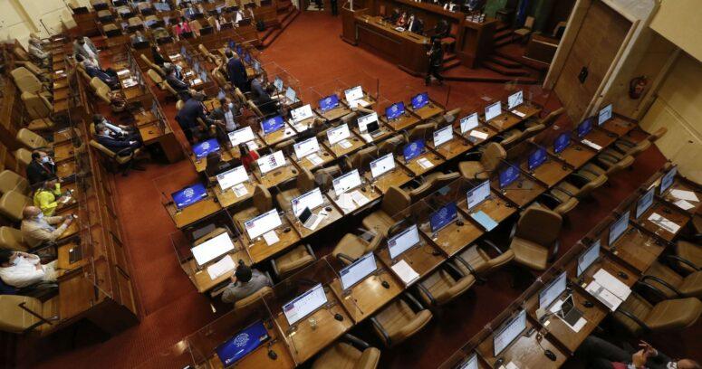 Cámara aprueba proyecto que prohíbe a los colegios negar matrícula por deuda